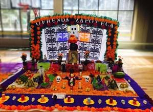 Ofrenda Zapoteca colegio franco ingles.jpg
