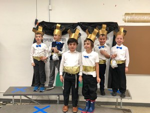 1st Grade boys receive their first Chumashim