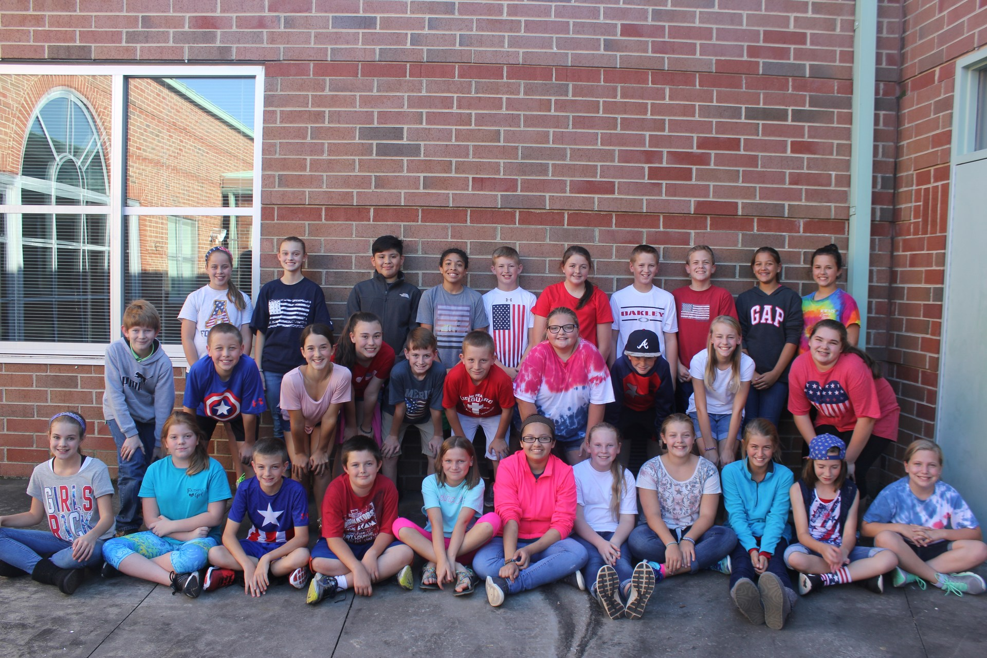 Image of 6th grade Beta Club students.