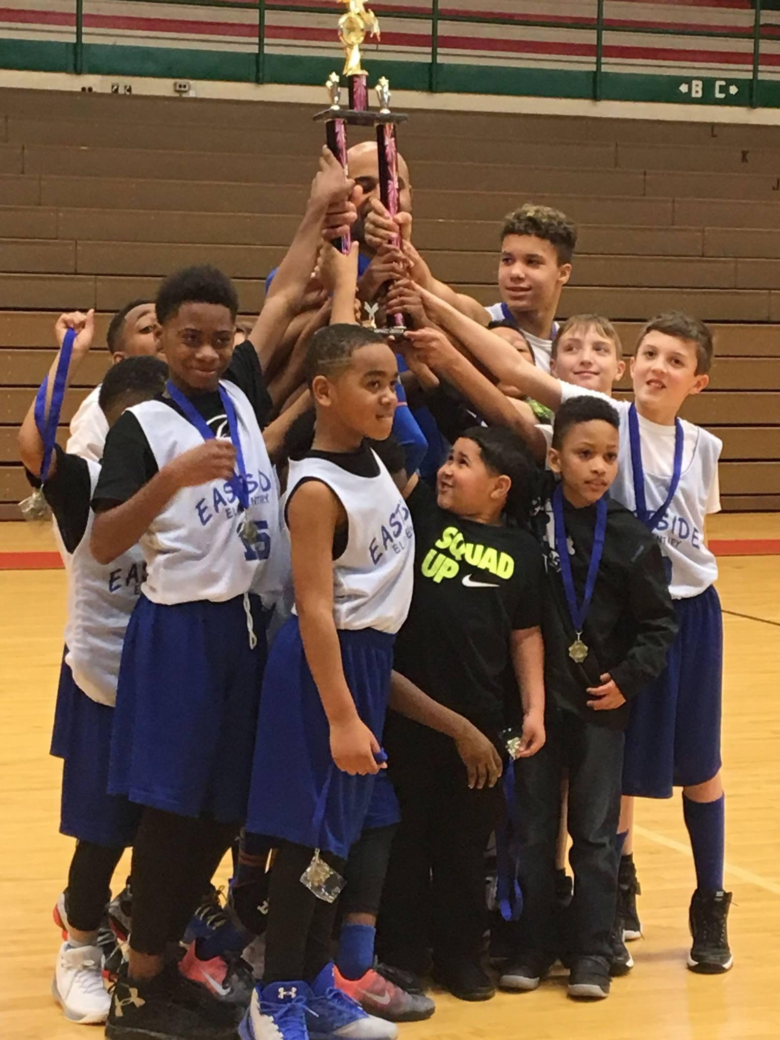 Boys Basketball Team Winners!