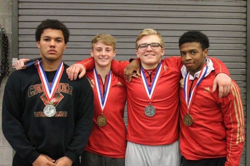 PIAA wrestling notebook: Three take silver; Crushers third in team race Thumbnail Image