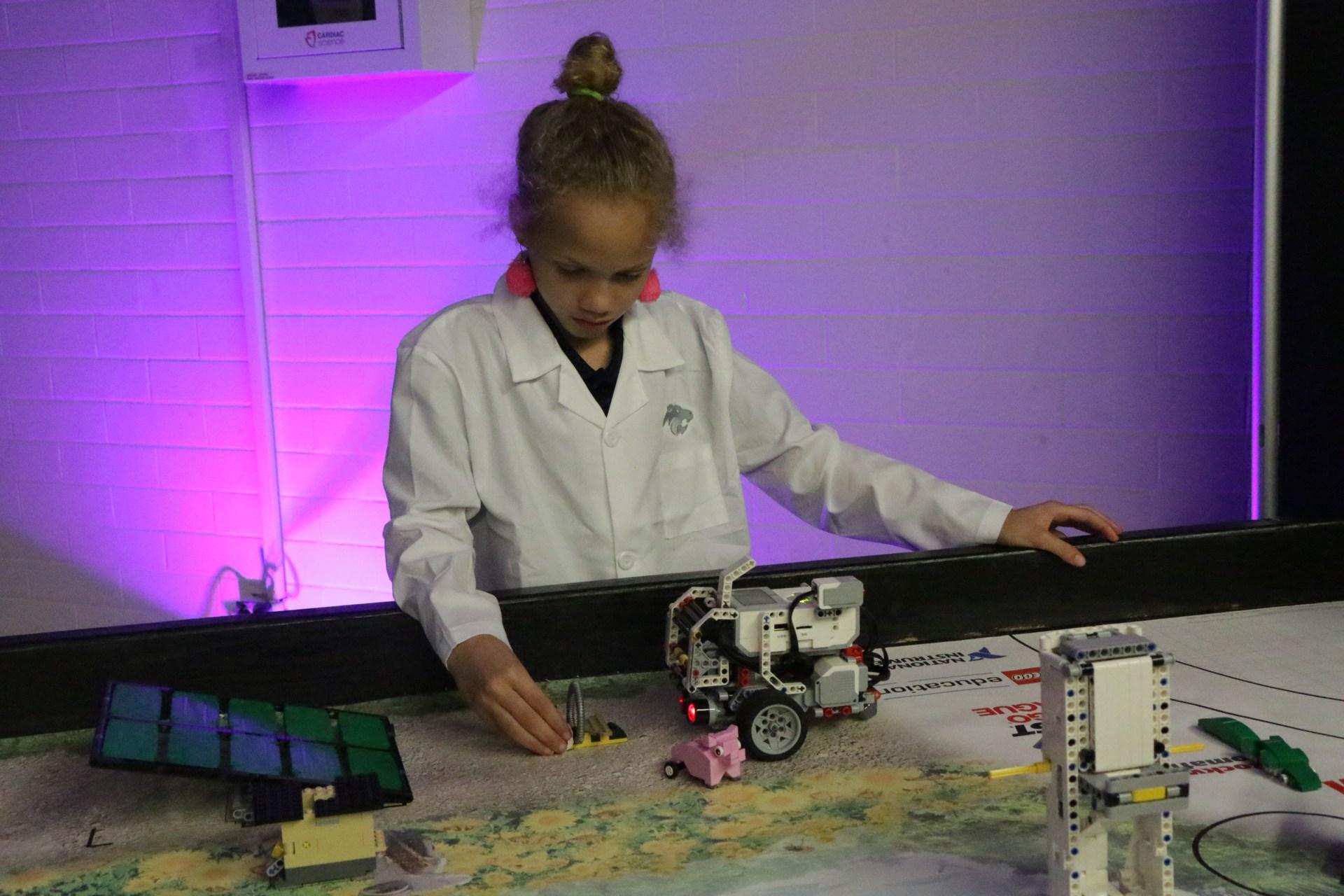 robotics students show their skills
