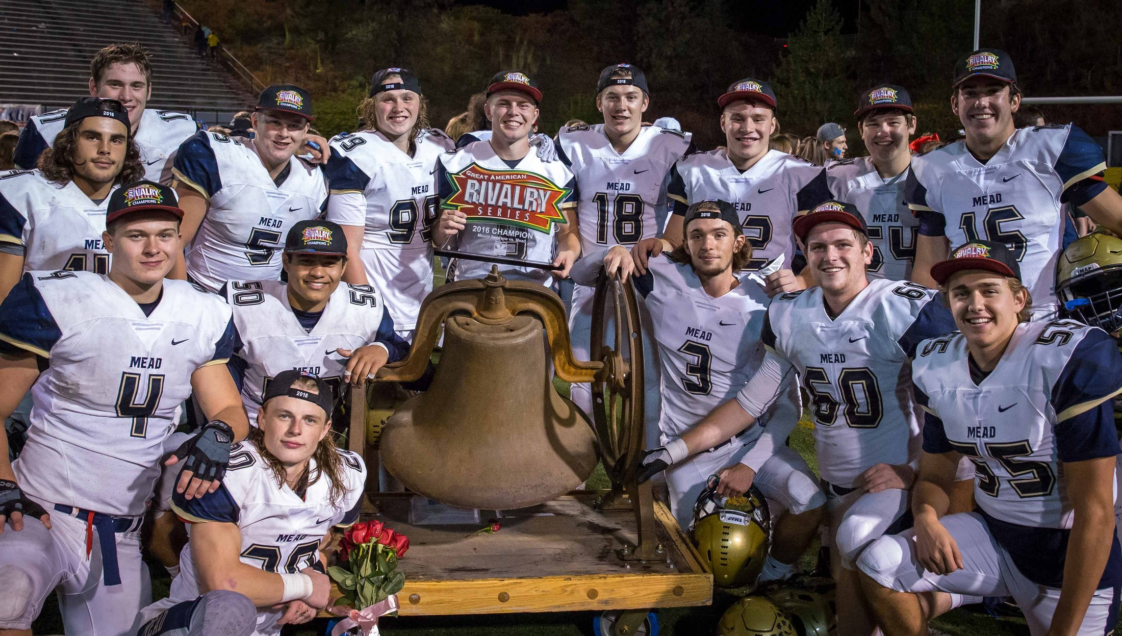 MEAD SENIORS BATTLE OF THE BELL