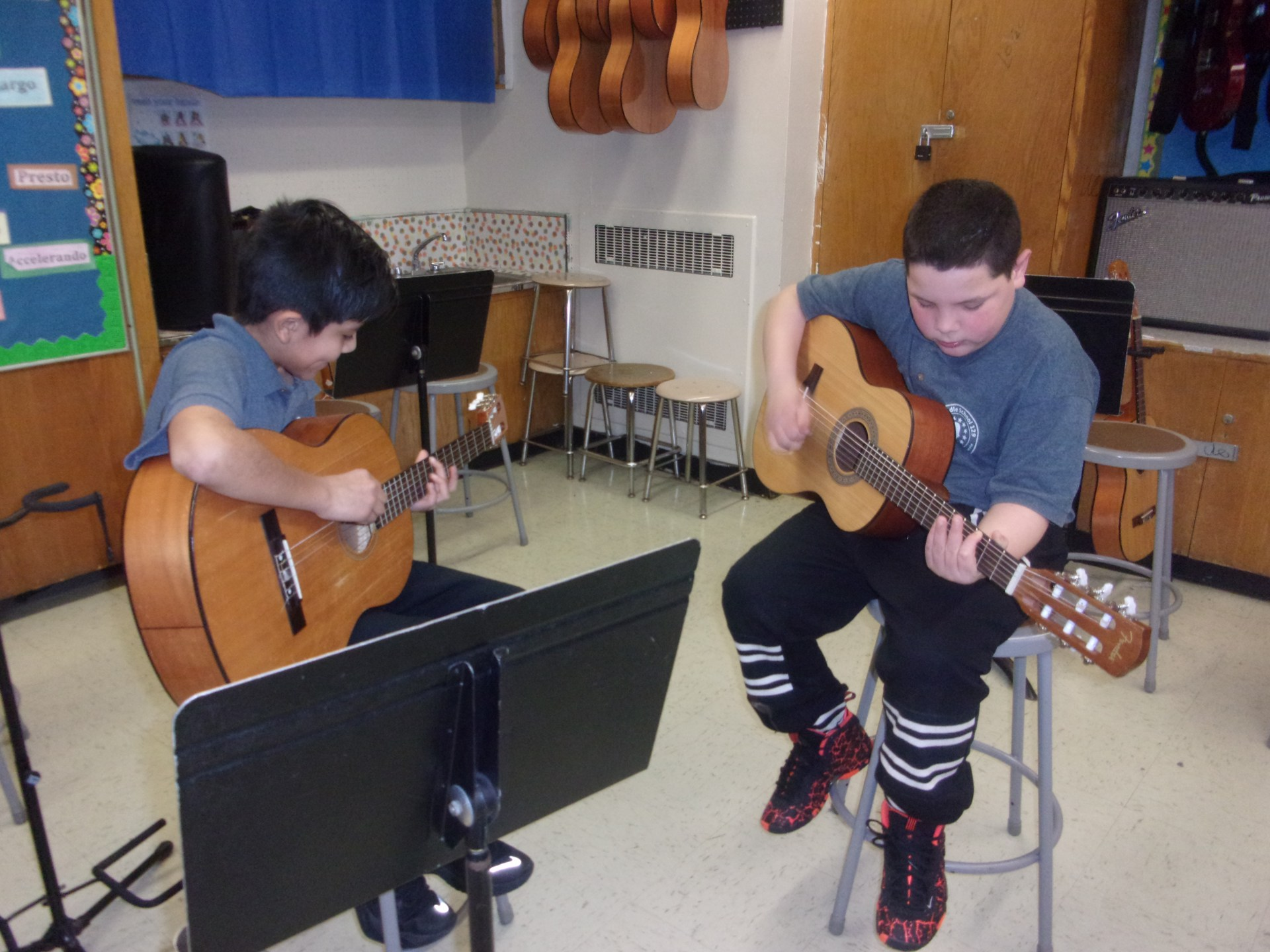 The Guitar Lab