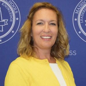Elisabeth Smith's Profile Photo