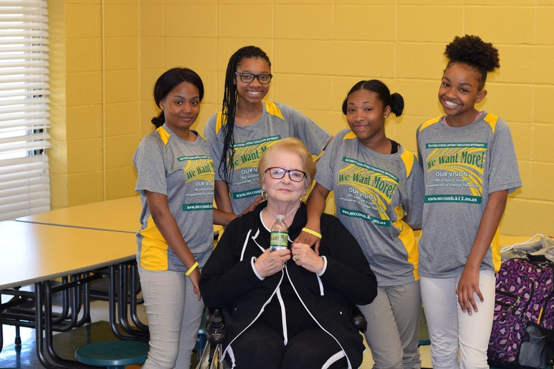 Local business woman meet with Denman Students.