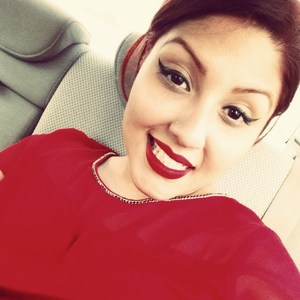 Laura Aviles's Profile Photo