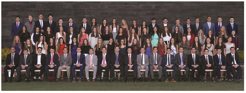 Graduados de Bachillerato Featured Photo