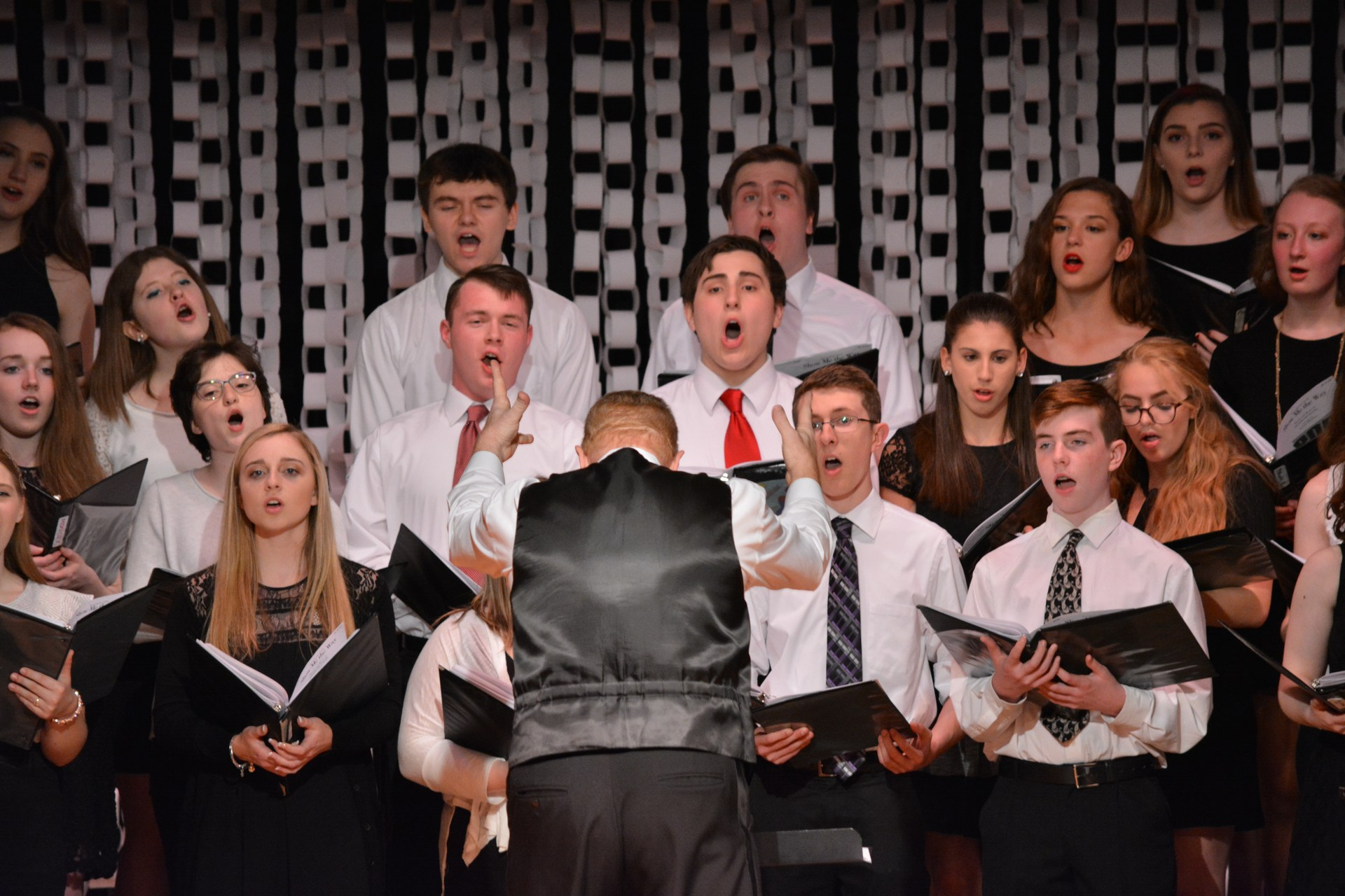 OLSH concert choir performs in the spring concert