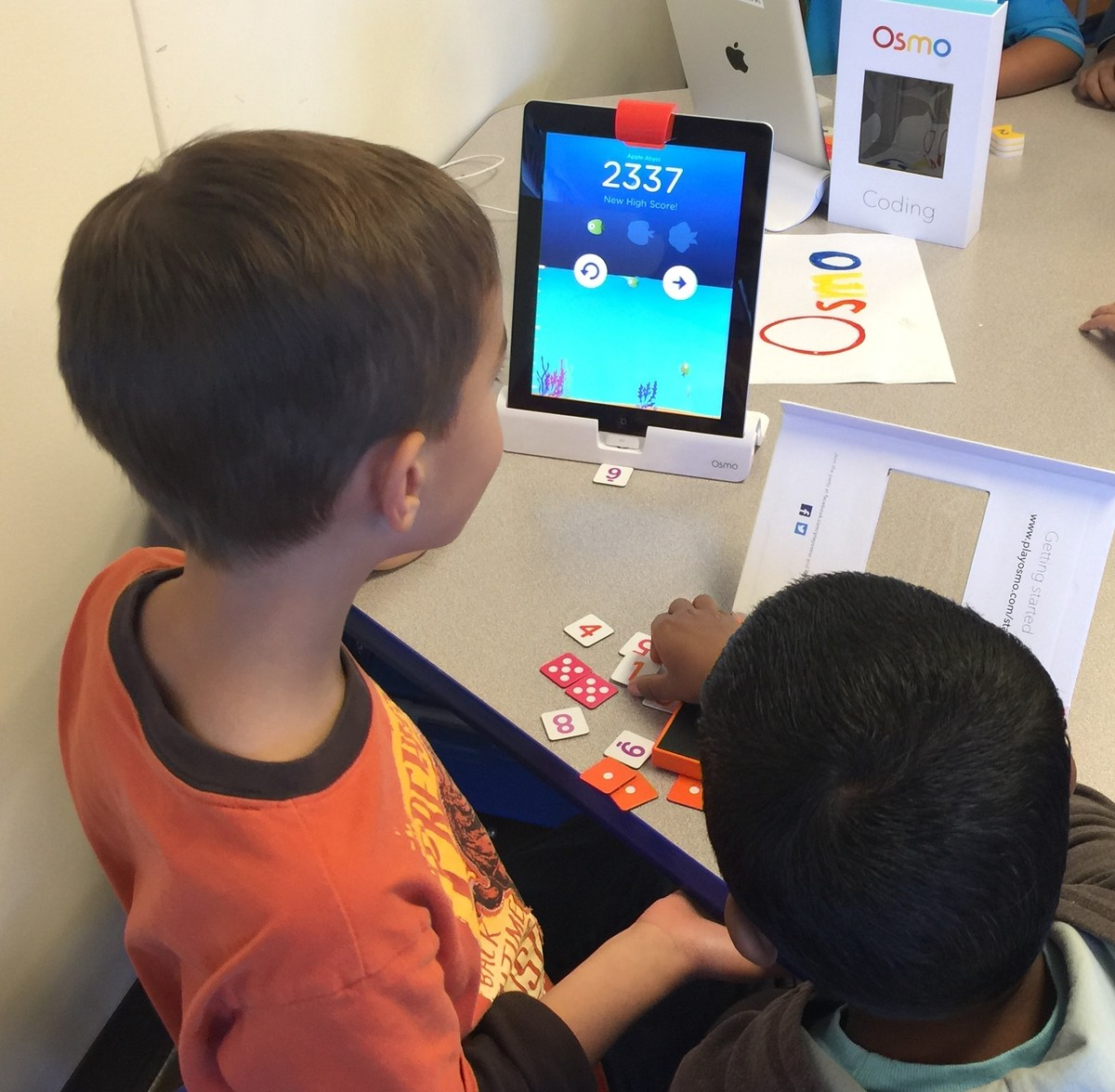 playing ipad games to learn