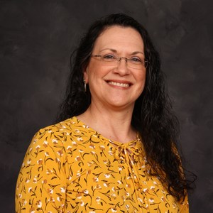 Liz Montes's Profile Photo