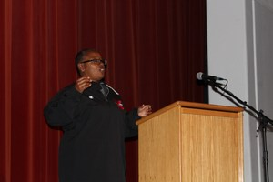 MHS Softball Coach Glenda Washington