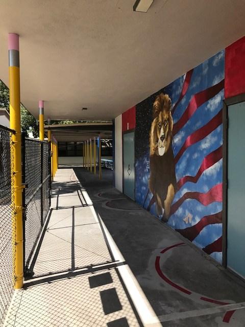 laurel mural