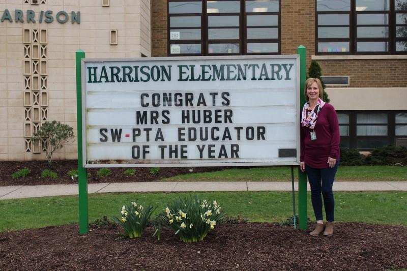 Sue Huber Named SLSD PTA Educator of the Year Thumbnail Image