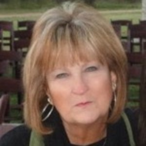 Stephanie Neal's Profile Photo