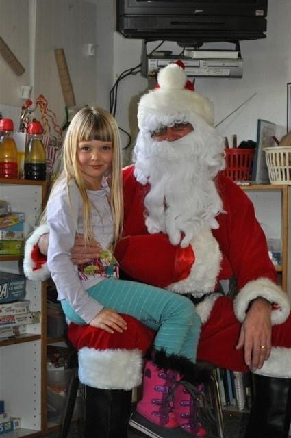 girl and santa