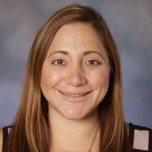 Tania Ayoub '01's Profile Photo