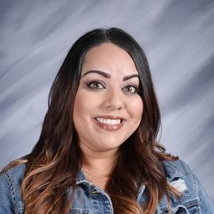 Elizabeth Calderon's Profile Photo