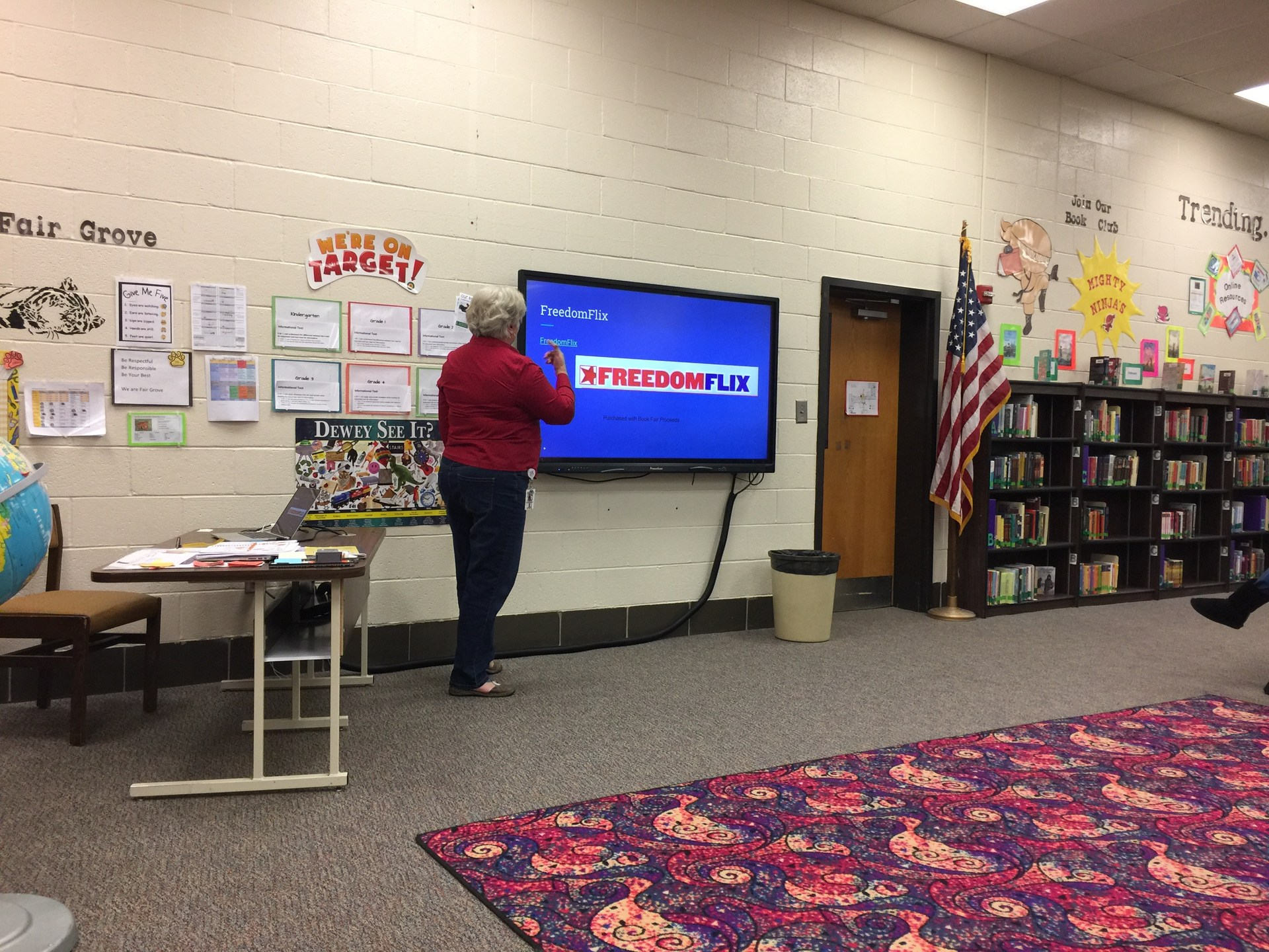 SLMC Becky Condon leading professional development at Fair Grove Elementary.