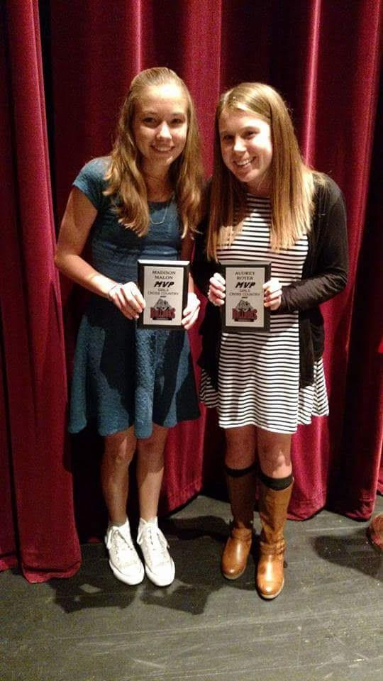 2017 Girls Cross Country MVPs