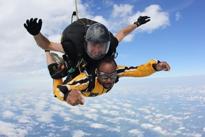 roberts skydiving
