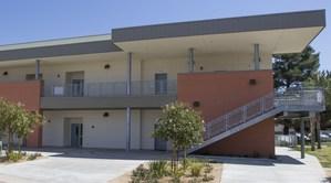 Exterior of Serrano Elementary