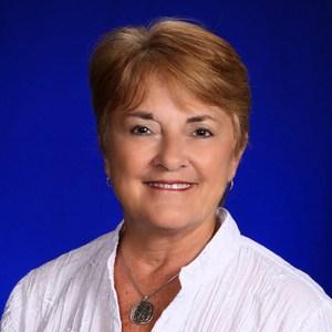 Carolyn Lavelle's Profile Photo