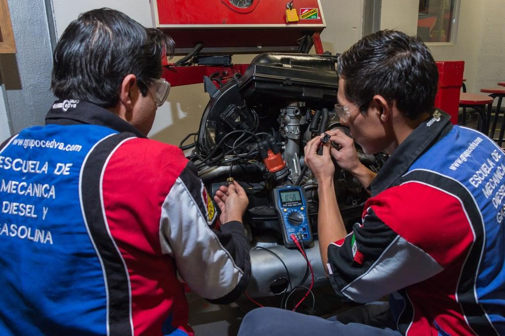 técnico mecánico automotriz en gasolina - cedva