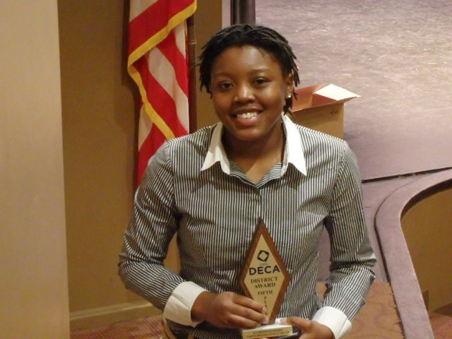 Senior, Raven Willis – 5th place in Entrepreneurship.