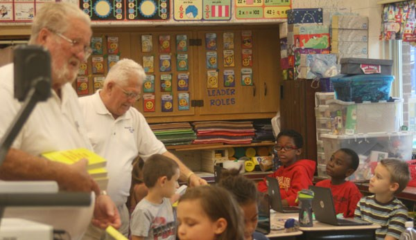 Elks Club Gives Dictionaries to All Third Graders in RIMSD Featured Photo