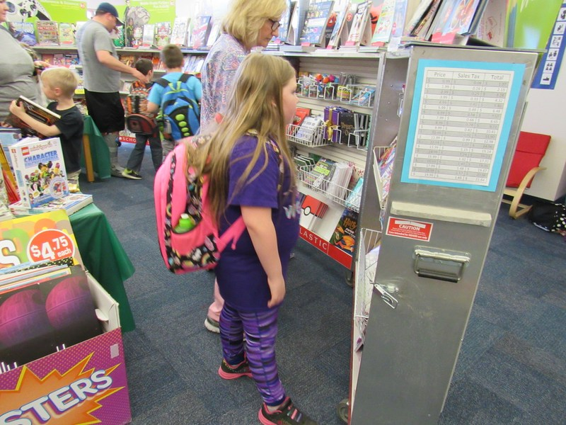 Van Alstyne Elementary Book Fair Thumbnail Image