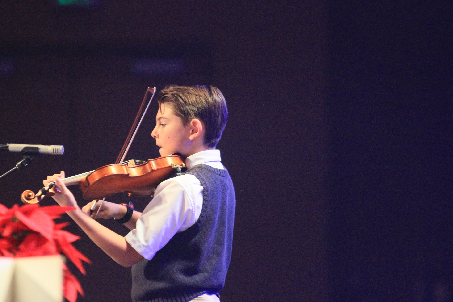 student playing violin solo