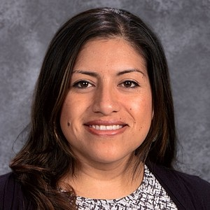 Claudia Huesca's Profile Photo