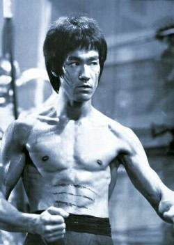 Bruce_Lee_Picture.jpg