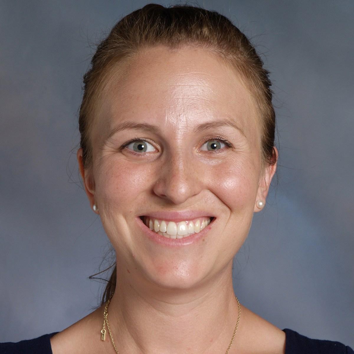 Kristina Simes '05's Profile Photo