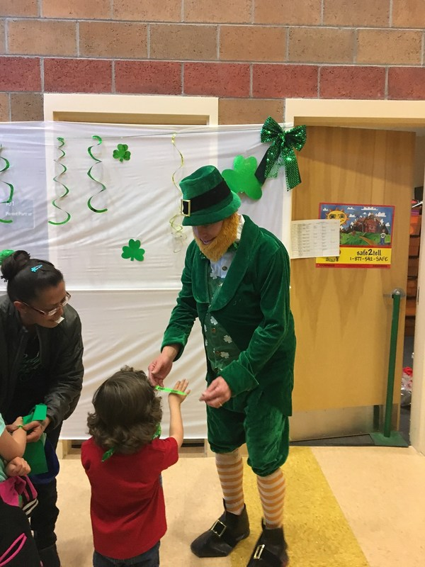 Sunnyside Elementary celebrating St. Patrick's Day.