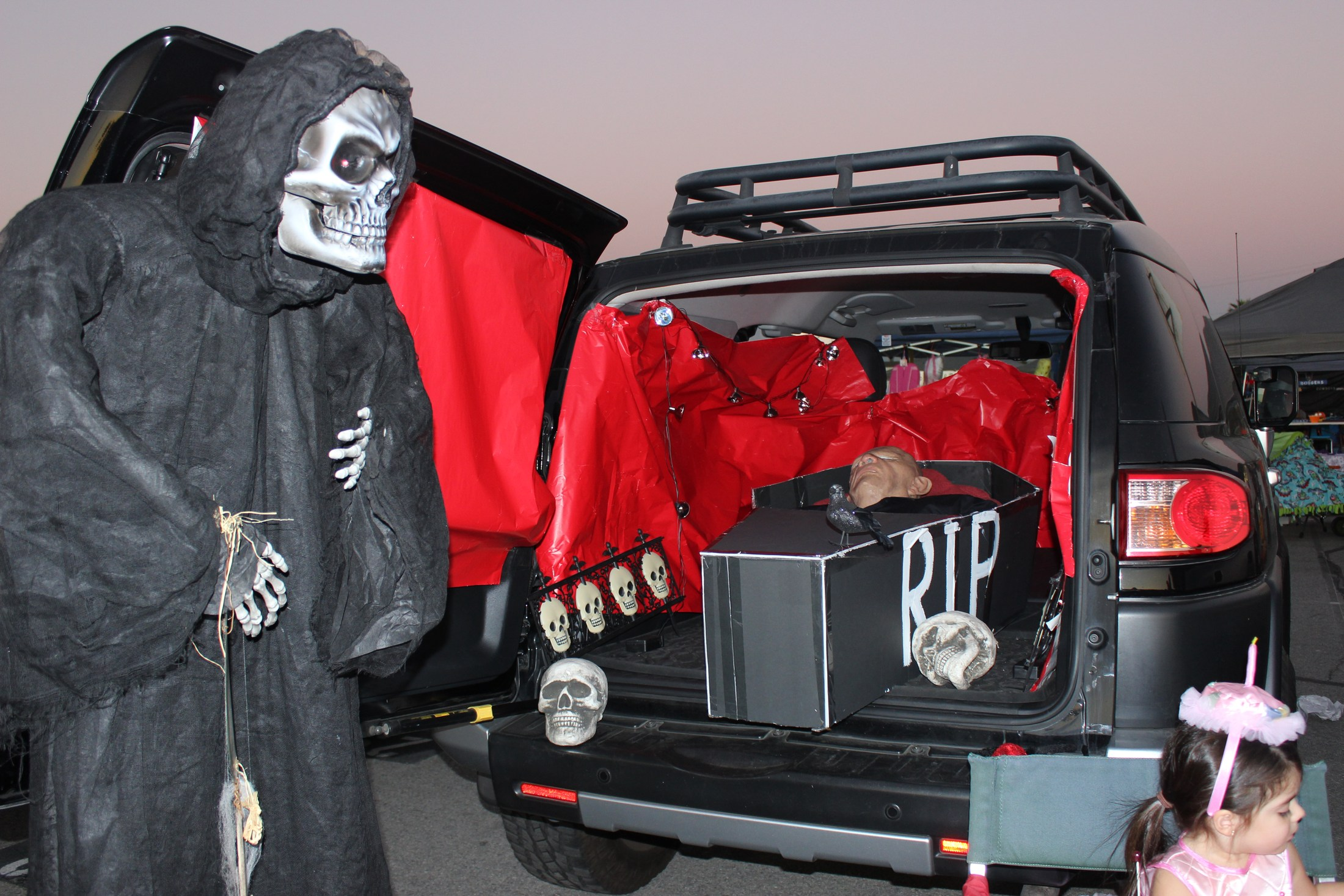 A scary trunk decorated for HMS Spooktacular