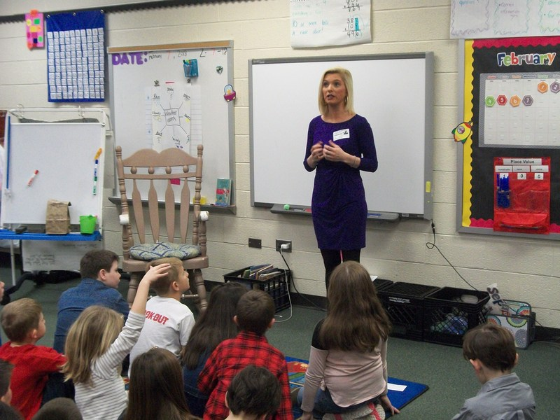 Kate Garner talks to second graders about weather.