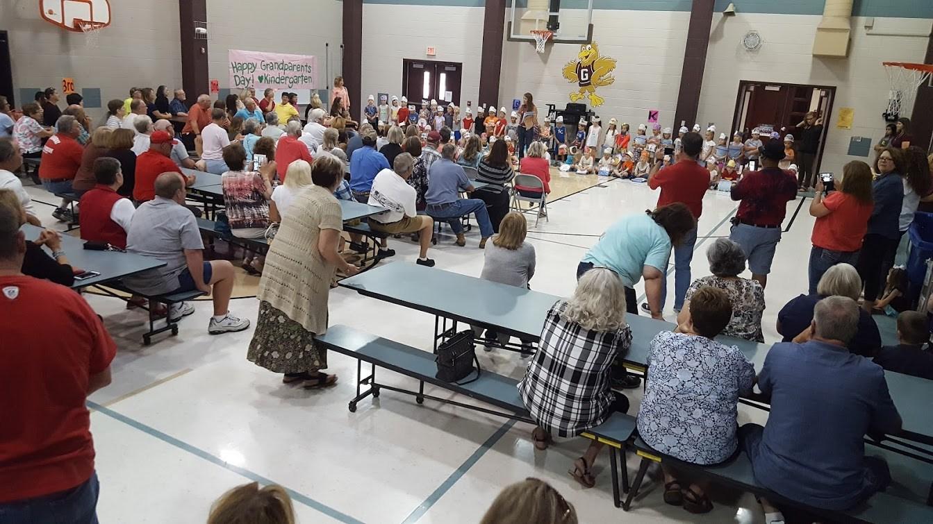 Kindergarten entertain their grandparents
