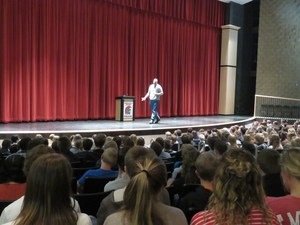 Former MSU star Anthony Ianni encourages students to live their dreams