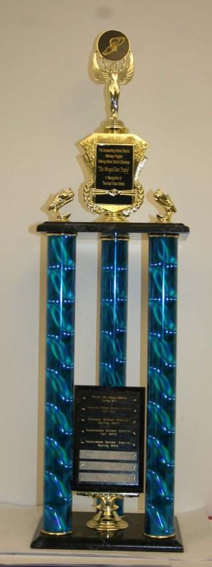 2014winged_trophy004.jpg