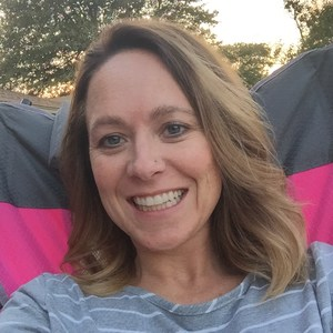 Leslie Bork's Profile Photo
