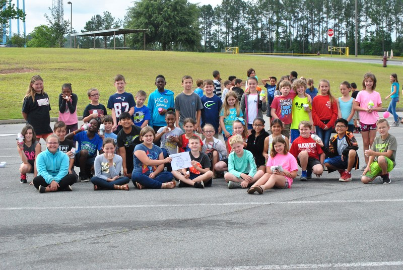 4th Grade Students' Egg Catapult Challenge Featured Photo