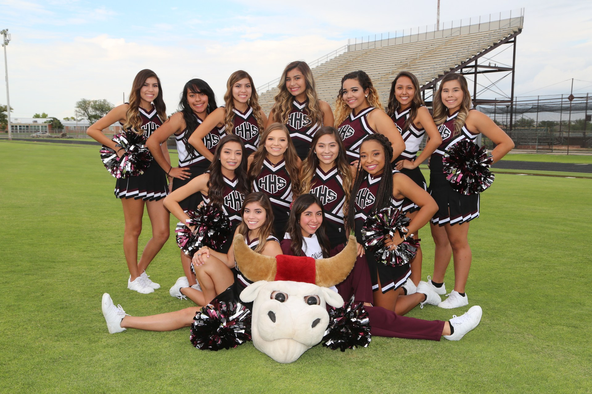 Varsity Cheerleaders 2017