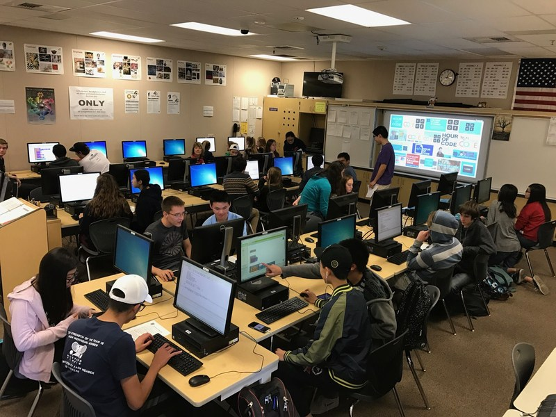 hour of code celebration in computer lab