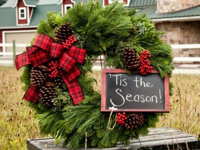 Lynch Creek Farms Holiday Wreaths Thumbnail Image
