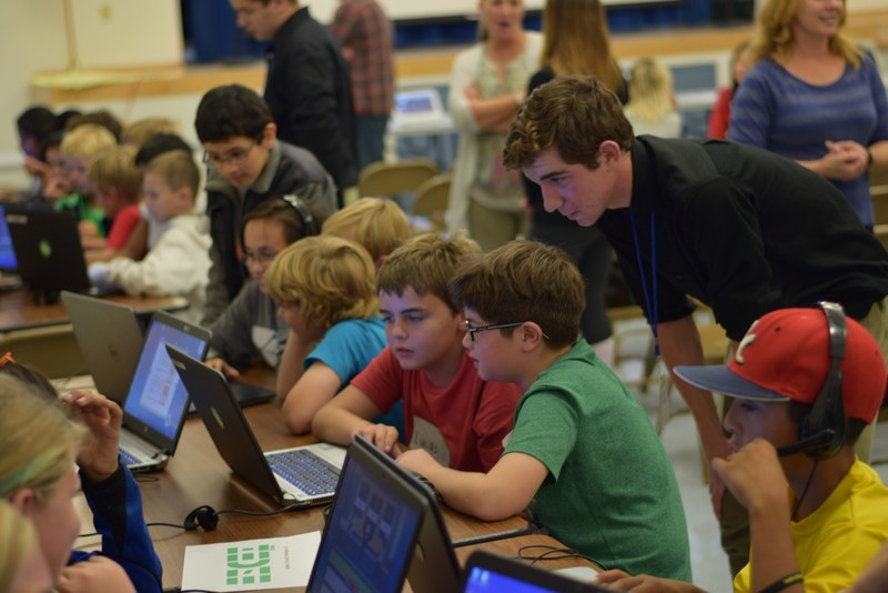 ESUSD fourth and fifth grade students will have a chance to learn about computer science and Internet safety at the El Segundo Cyber Education Workshop on March 23 at El Segundo High School.