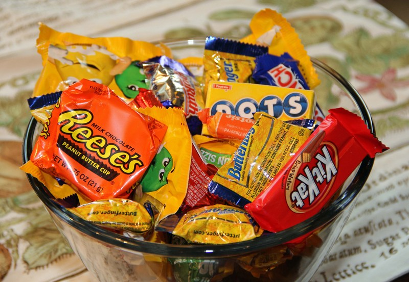 Donate Halloween Candy for Volunteer Hours! Featured Photo