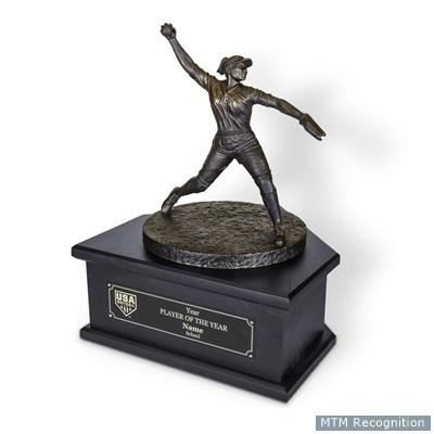 USA Softball Honors Lisa Fernandez '89 Thumbnail Image