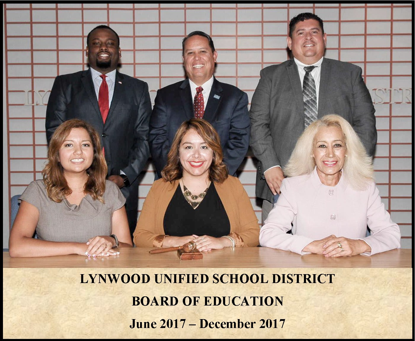 Picture of Members of the Lynwood Unified School District Board of Education